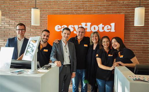 easyHotel Barcelona 02